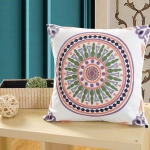 High quality embroidery pillow cover